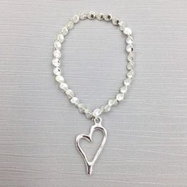 Silver Coloured Heart Bracelet (G108)