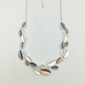 Beautiful 3 Tone Leaf Necklace (G567)