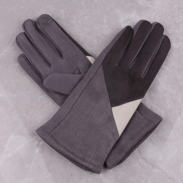 Geometric Design Grey Gloves | Gloves | Craft Works gallery of Corbridge