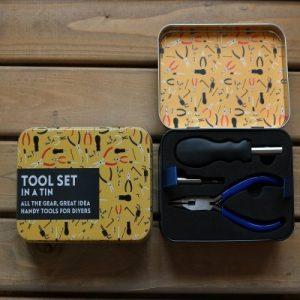 tool set in a tin | Unusual Gifts