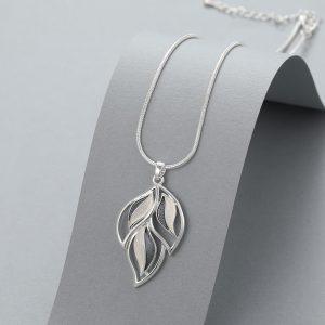 3 leaf necklace 2 tone